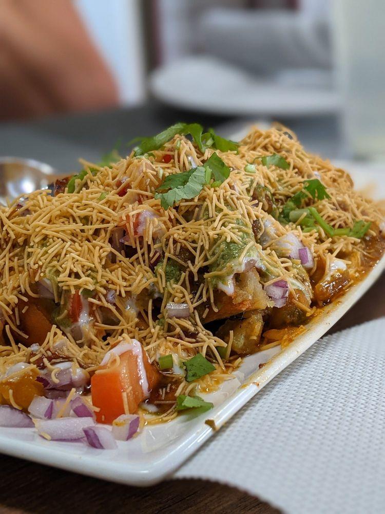 Nalan Indian Cuisine: 829 State St, Lemoyne, PA
