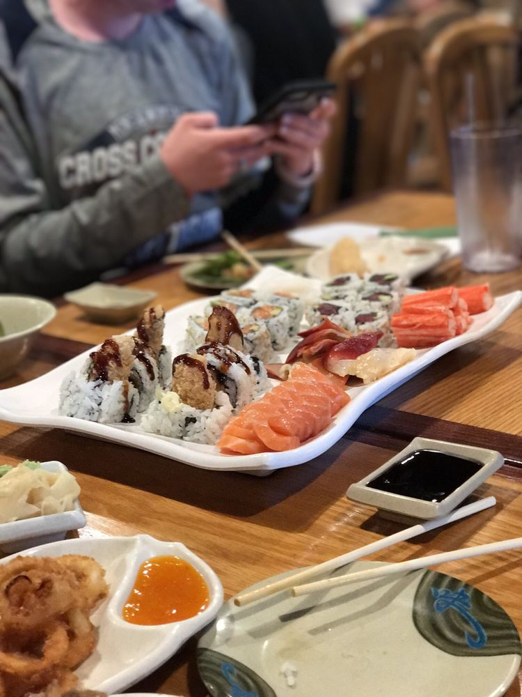 Sushi Palace: 1702 Middle Country Rd, Centereach, NY