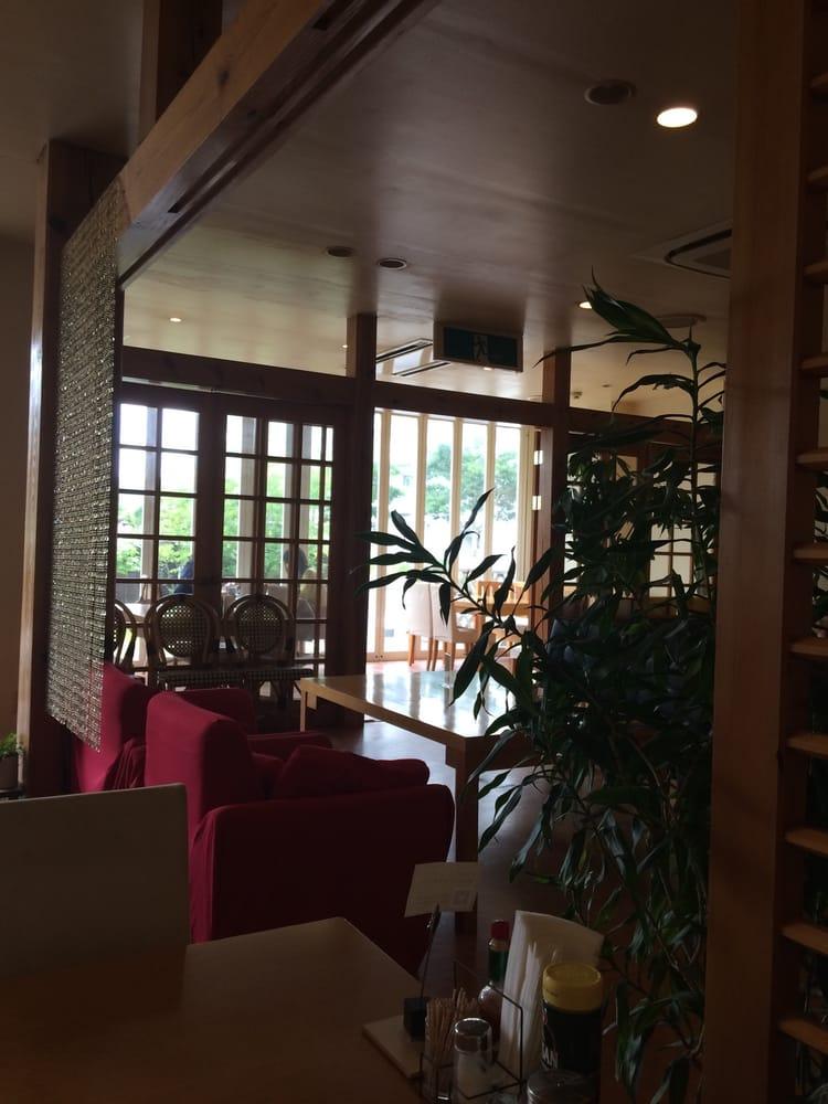 DEUX Ami Cafe