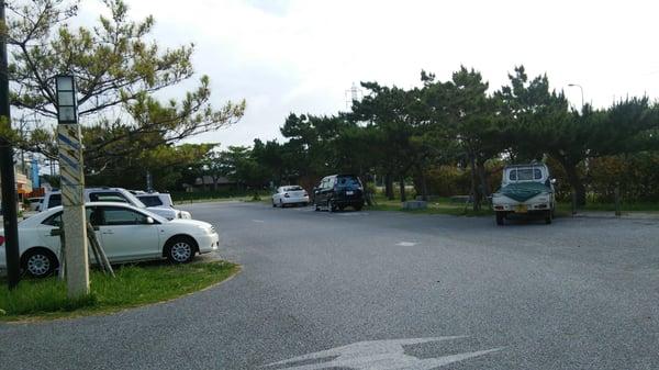 道の駅 喜名番所の写真 - 日本, 沖縄県中頭郡。 駐車場