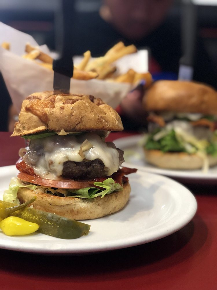 Tony's Burgers: 35903 Date Palm Dr, Cathedral City, CA