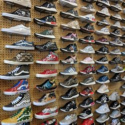 1d2a9423366e Flight Club - 101 Photos   190 Reviews - Shoe Stores - 535 N Fairfax ...