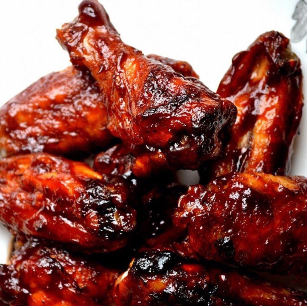 Moose's Backwoods BBQ & Catering: 522 Ames St, Baldwin City, KS
