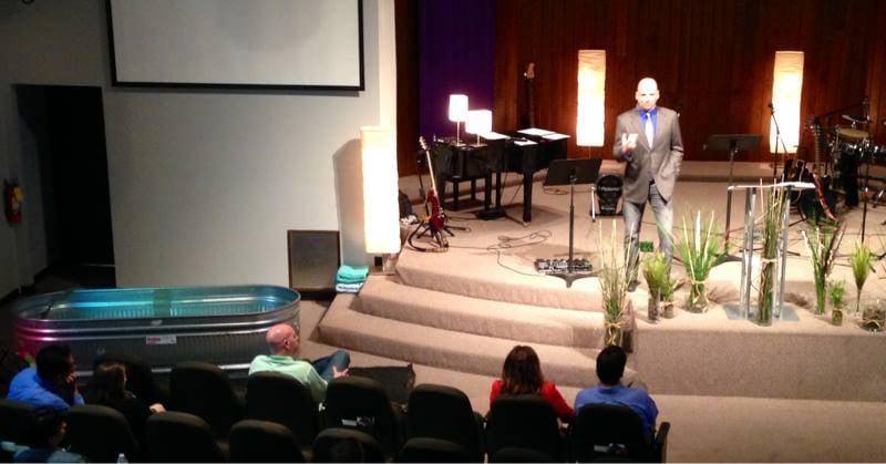 New Life Community Church: 2958 N Damen Ave, Chicago, IL