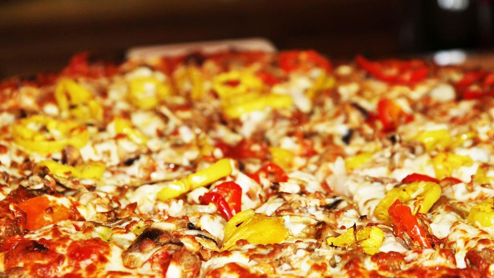 Pizza Station: 501 Lincoln Ave, Bellevue, PA