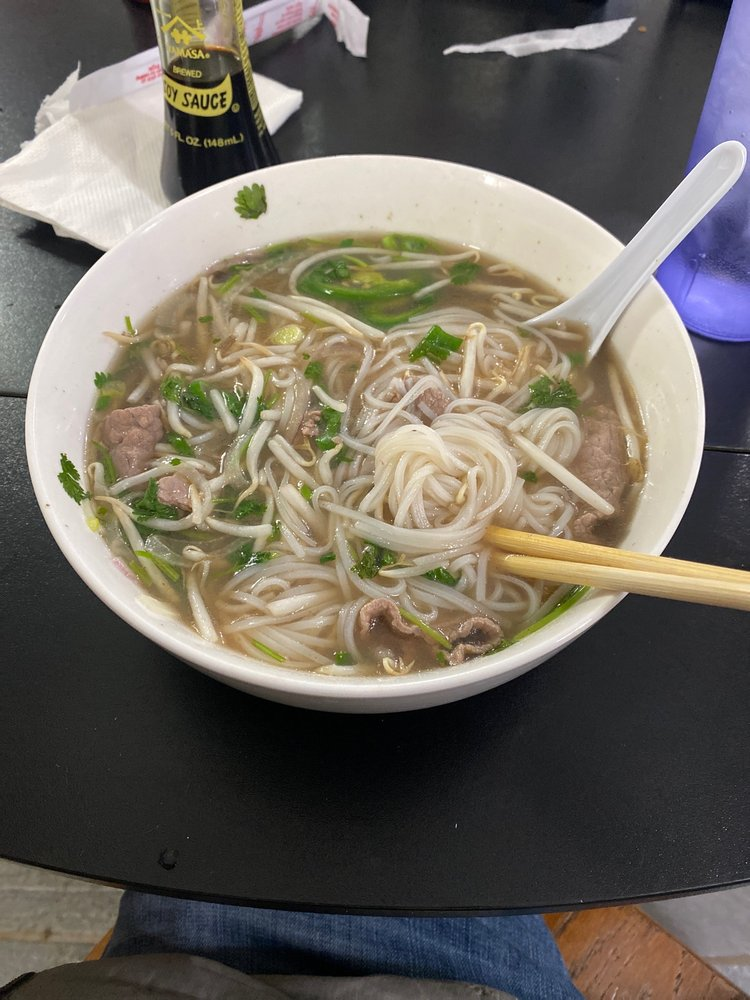 Pho N Grill: 317 W 3rd St, Pecos, TX