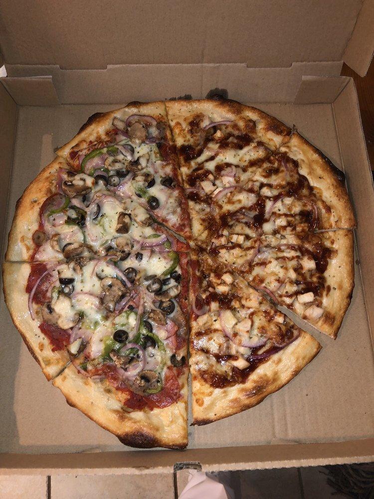 Buzzery Pizza & Mead: 110 S Main St, Boston, GA