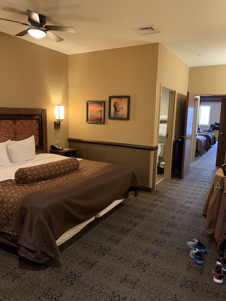 Kalahari Resorts & Conventions: 250 Kalahari Blvd, Pocono Manor, PA