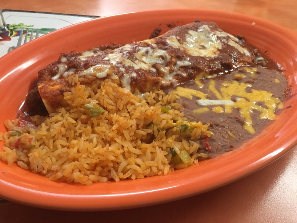 Don Jose Mexican Restaurant: 600 Central Ave, Estherville, IA