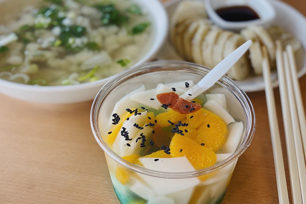 Masterbee Gourmet Kitchen: 9814 Garvey Ave, El Monte, CA