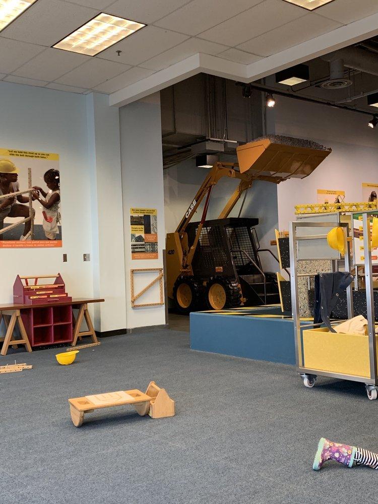 Chicago Children's Museum: 700 E Grand Ave, Chicago, IL