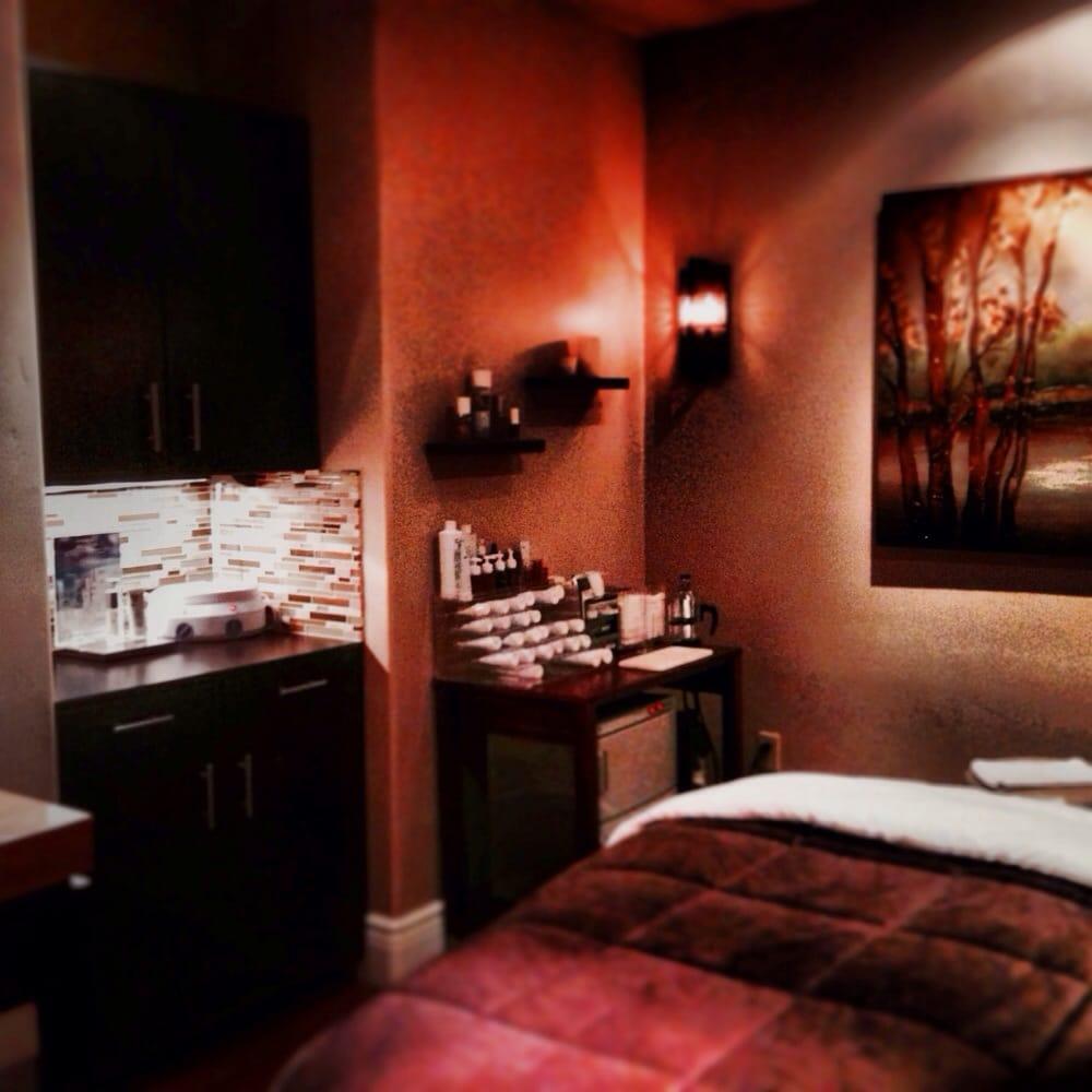 Paradiso spa salon day spas 750 san benito st for Salon spa 2