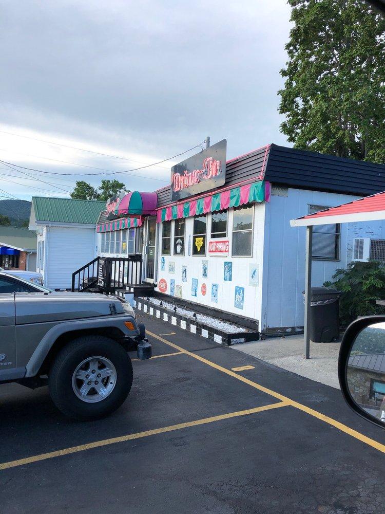 Frosty Mug Drive In: 350 Catalpa Ave, Harrogate, TN