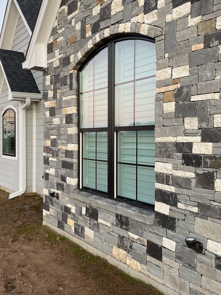 Taylor's Windows Cleaning: 611 Rosenthal Rd, Lorena, TX