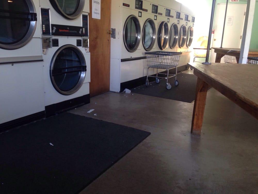 Shaw Laundry & Dry Cleaning: Chautauqua, NY