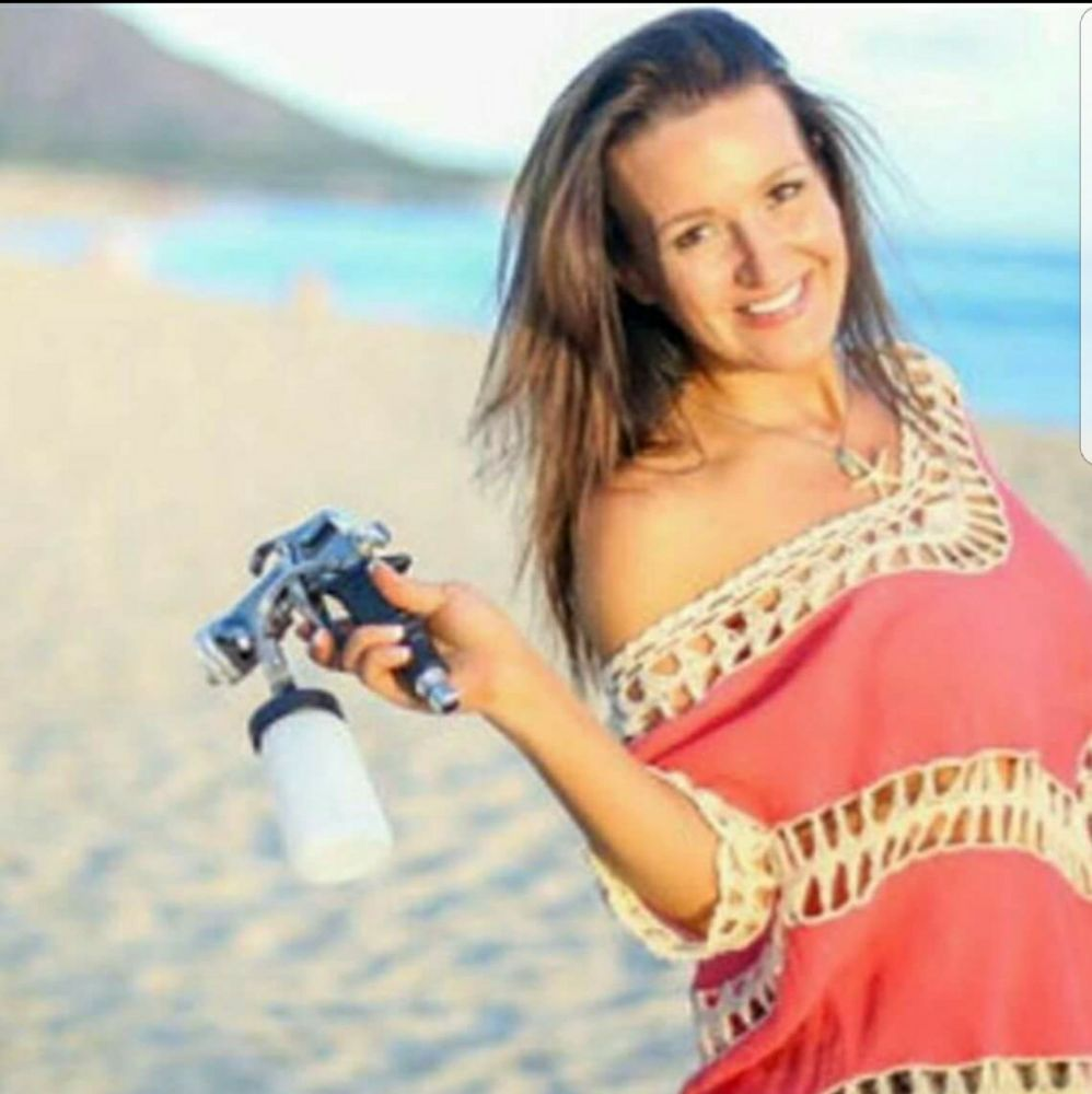 Pacific Sun Spray Tanning: Waikiki, HI
