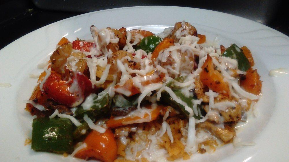 El Mariachi Grill: 790 Cash Rd, Camden, AR