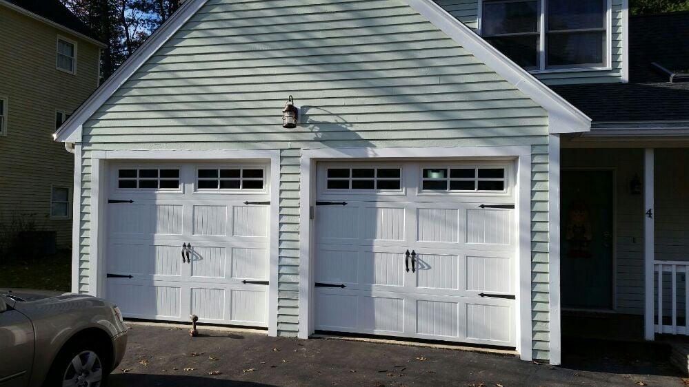 Photos for mccabe 39 s garage door yelp for Garage reparation nancy