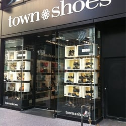 aldo shoes yonge and bloor stores that accept expired