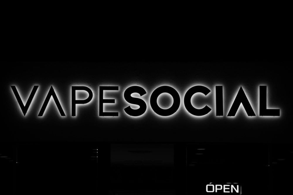 Vape Social: 6026 Beach Blvd, Buena Park, CA
