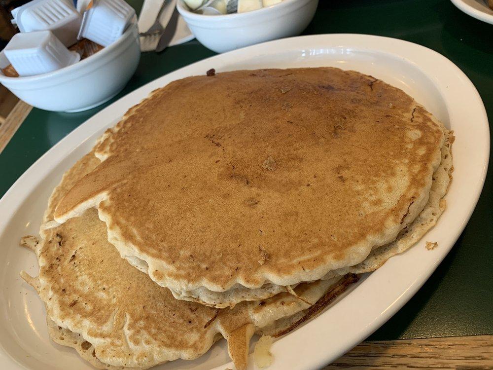 Pines Cafe: 500 E Providence Rd, Aldan, PA
