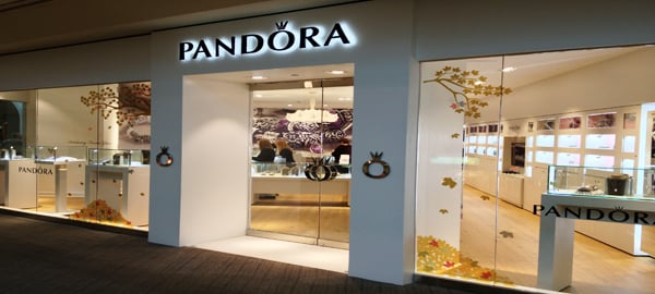 pandora jewelry store in the cherryvale mall yelp