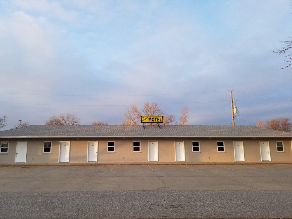 Starlite Motel: 648 River Rd, Blair, NE
