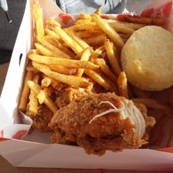 Popeyes Louisiana Kitchen Food popeyes louisiana kitchen - fast food - 790 military trl - reviews