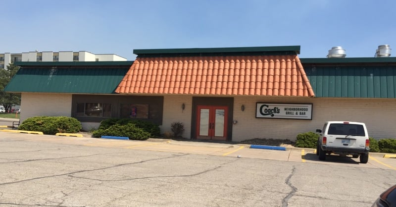 Coach's Grill and Bar: 2702 W 15th Ave, Emporia, KS