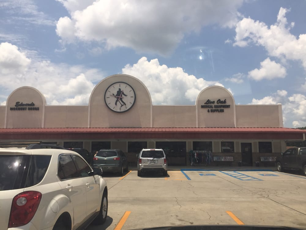 Edwards Discount Drugs: 103 W Frontage Rd, Lucedale, MS