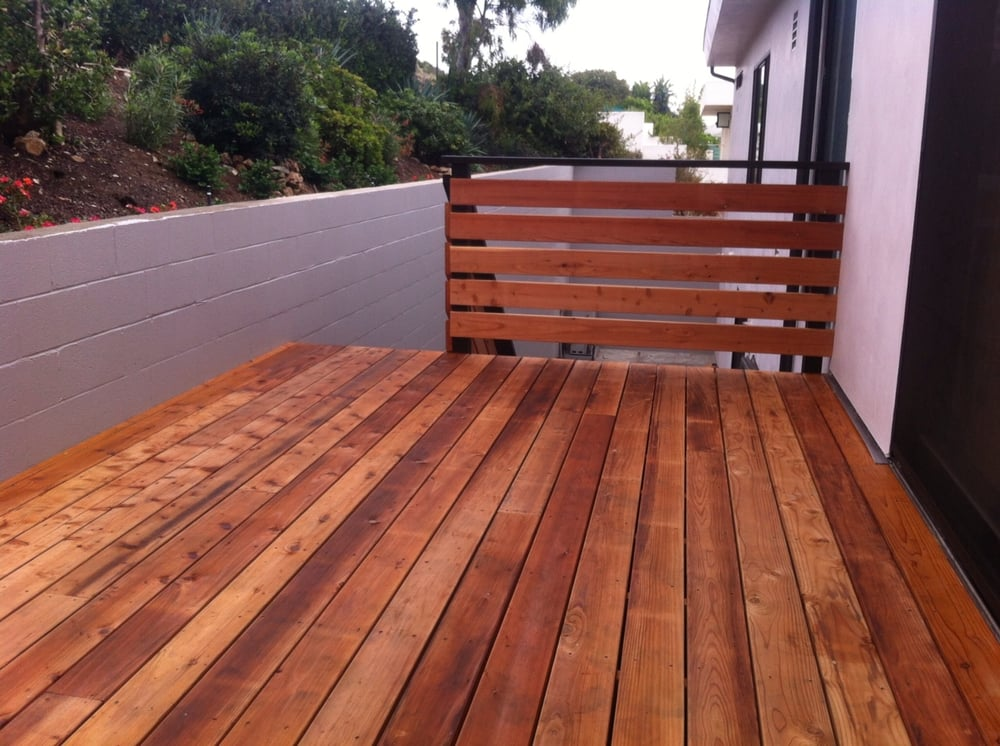 This Is A Heart Redwood Deck With A Modern Deck Railing