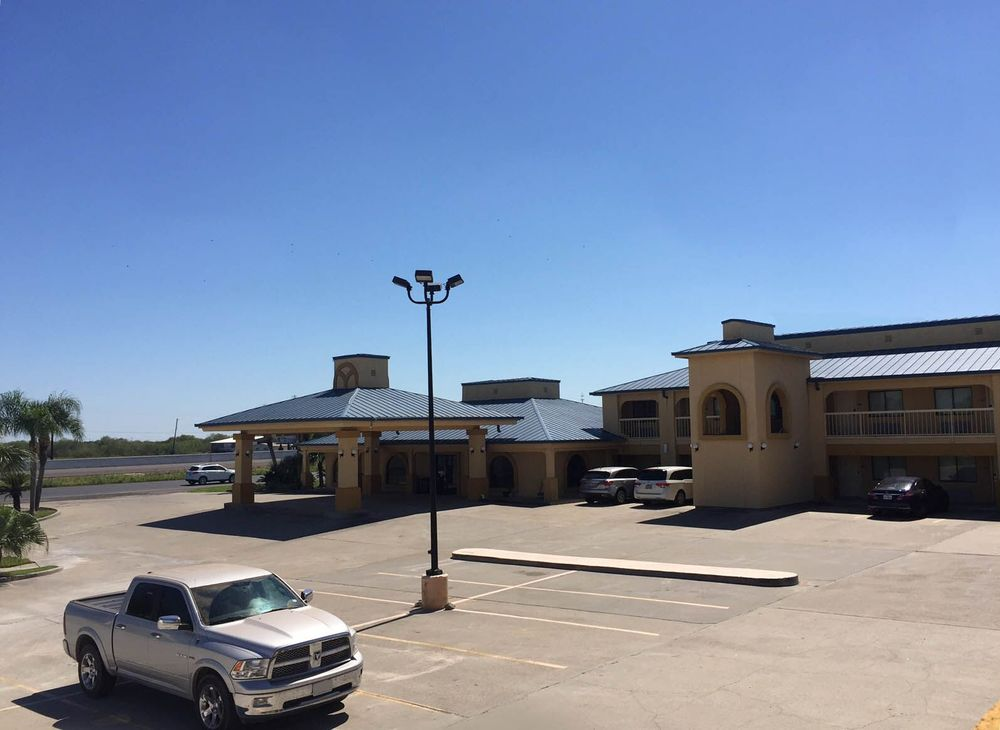 Americas Best Value Inn Bishop Kingsville: 715 US Highway 77, Bishop, TX