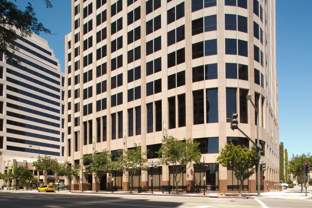 Charles Schwab   CLOSED   Investing   500 N Brand Blvd, Glendale, Glendale,  CA   Phone Number   Yelp
