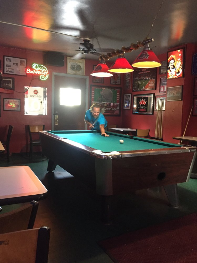 Johnnie's Glenn Avenue Grill: 1491 Glenn Ave, Columbus, OH