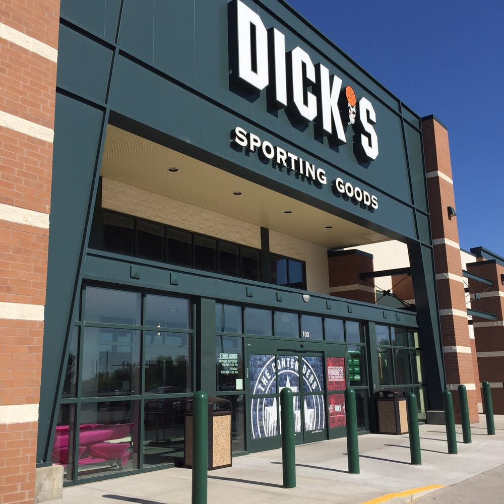 DICK'S Sporting Goods: 320 S Jordan Creek Pkwy, West Des Moines, IA