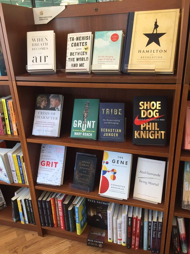 Beaverdale Books: 2629 Beaver Ave, Des Moines, IA