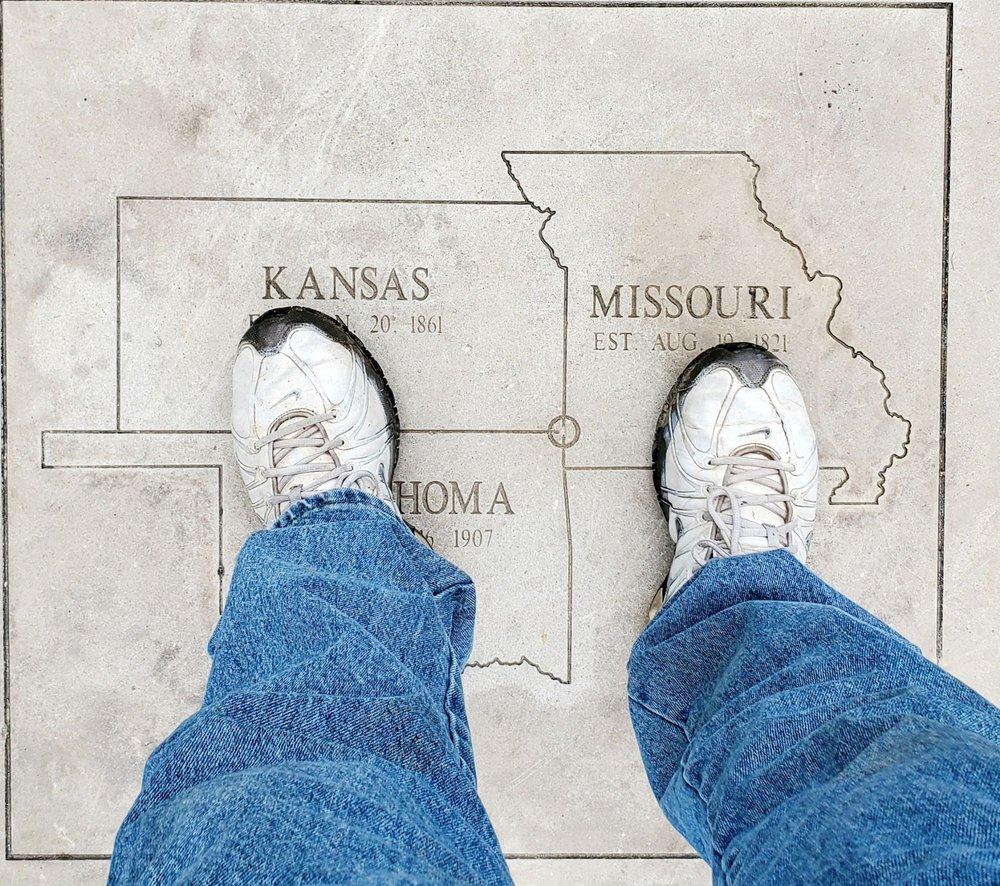 Tri-State Marker Kansas, Missouri, and Oklahoma: I-44 W, Joplin, MO