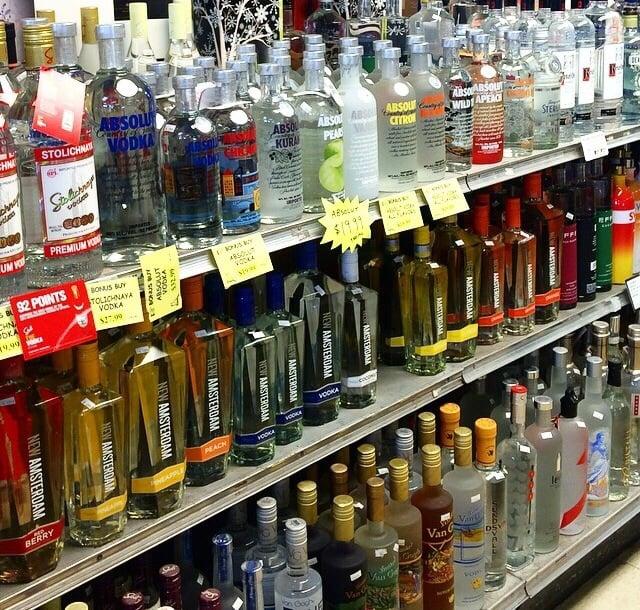 Rodis'sunset Liquors: 1802 Sunset Ave, Waukegan, IL