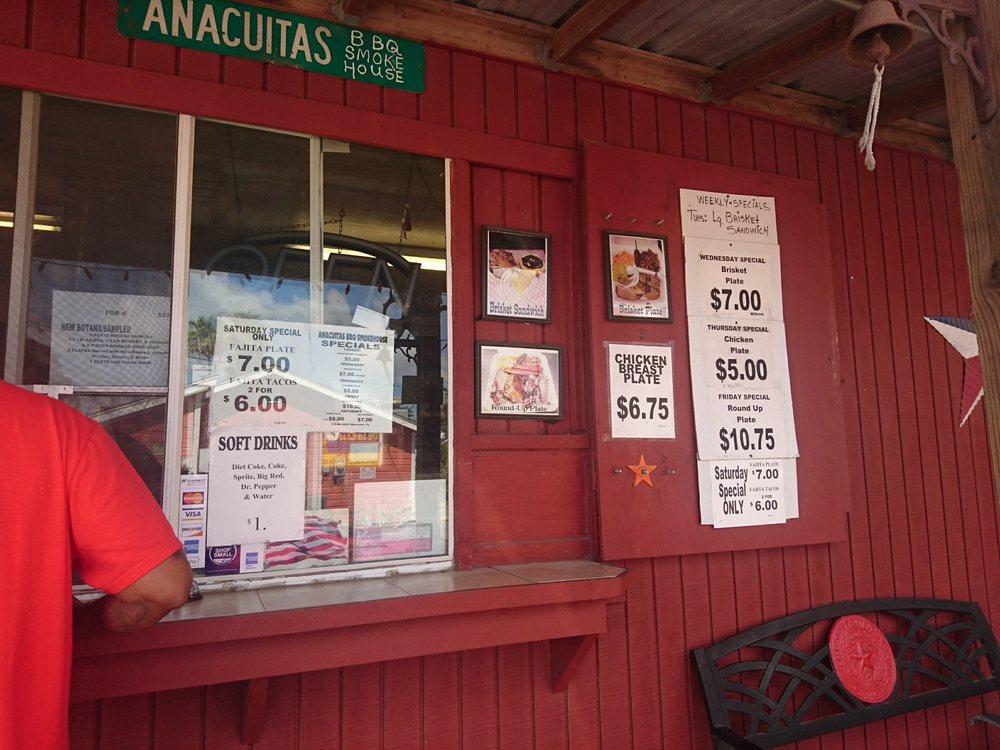 Anacuitas BBQ Smokehouse: 544 N Texas Ave, Mercedes, TX