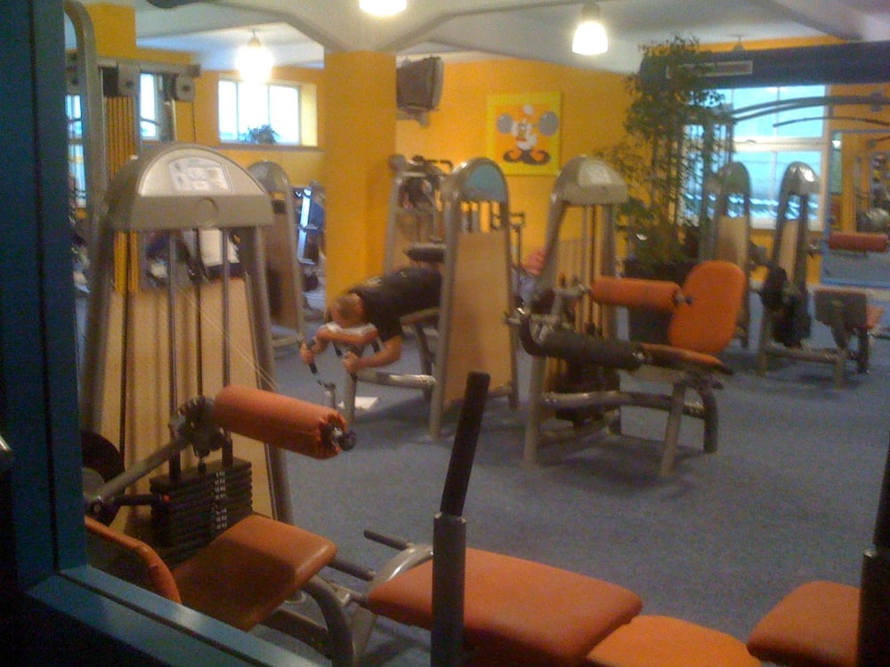 mediofitness fitnessstudio bahnhofstr 25 bad salzuflen nordrhein westfalen. Black Bedroom Furniture Sets. Home Design Ideas