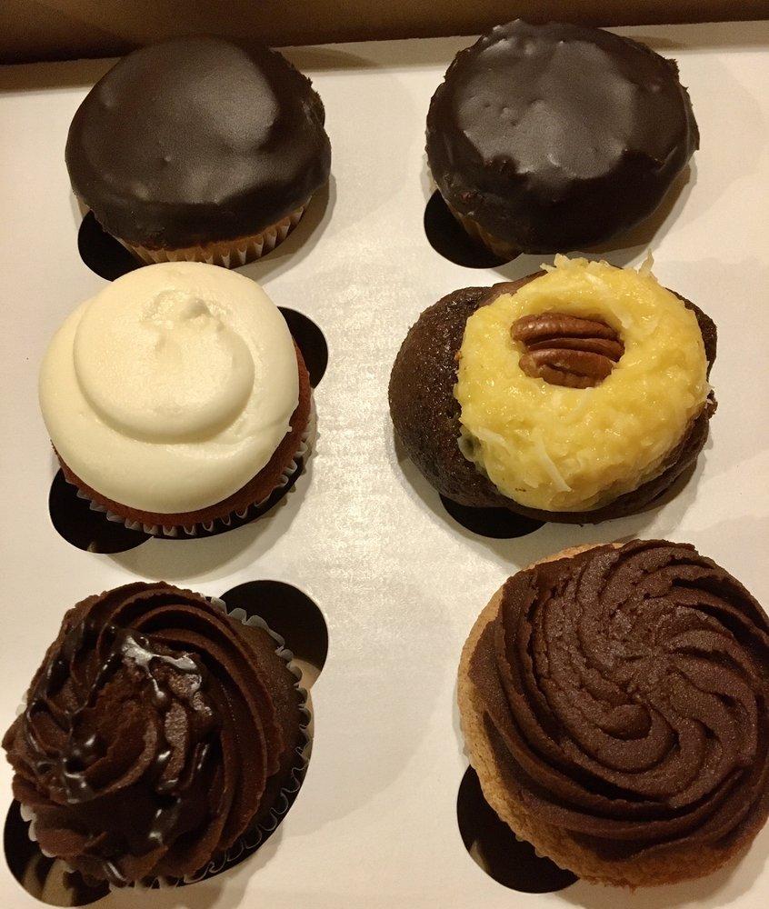 Shortcake Bakery: 4700 Rhode Island Ave, Hyattsville, MD