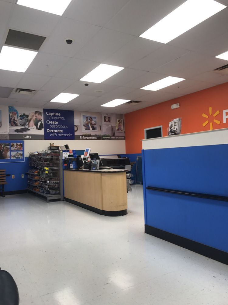Walmart Supercenter: 4331 Hwy 66 S, Rogersville, TN