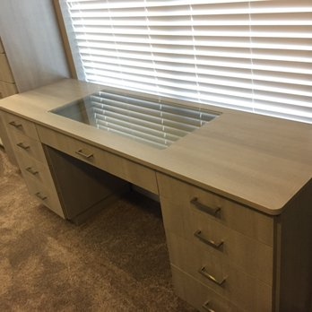 Photo Of Classy Closets   Grapevine, TX, United States. See Through Glass  Top