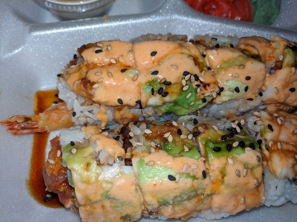 Food from Happy Sushi