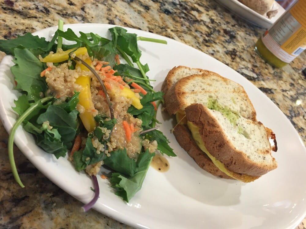 Life Cafe: 44610 Prentice Dr, Sterling, VA