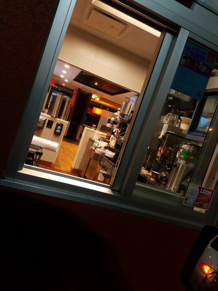 Mcdonald S 12 Reviews Fast Food 3411 E Busch Blvd Tampa Fl Restaurant Reviews Phone