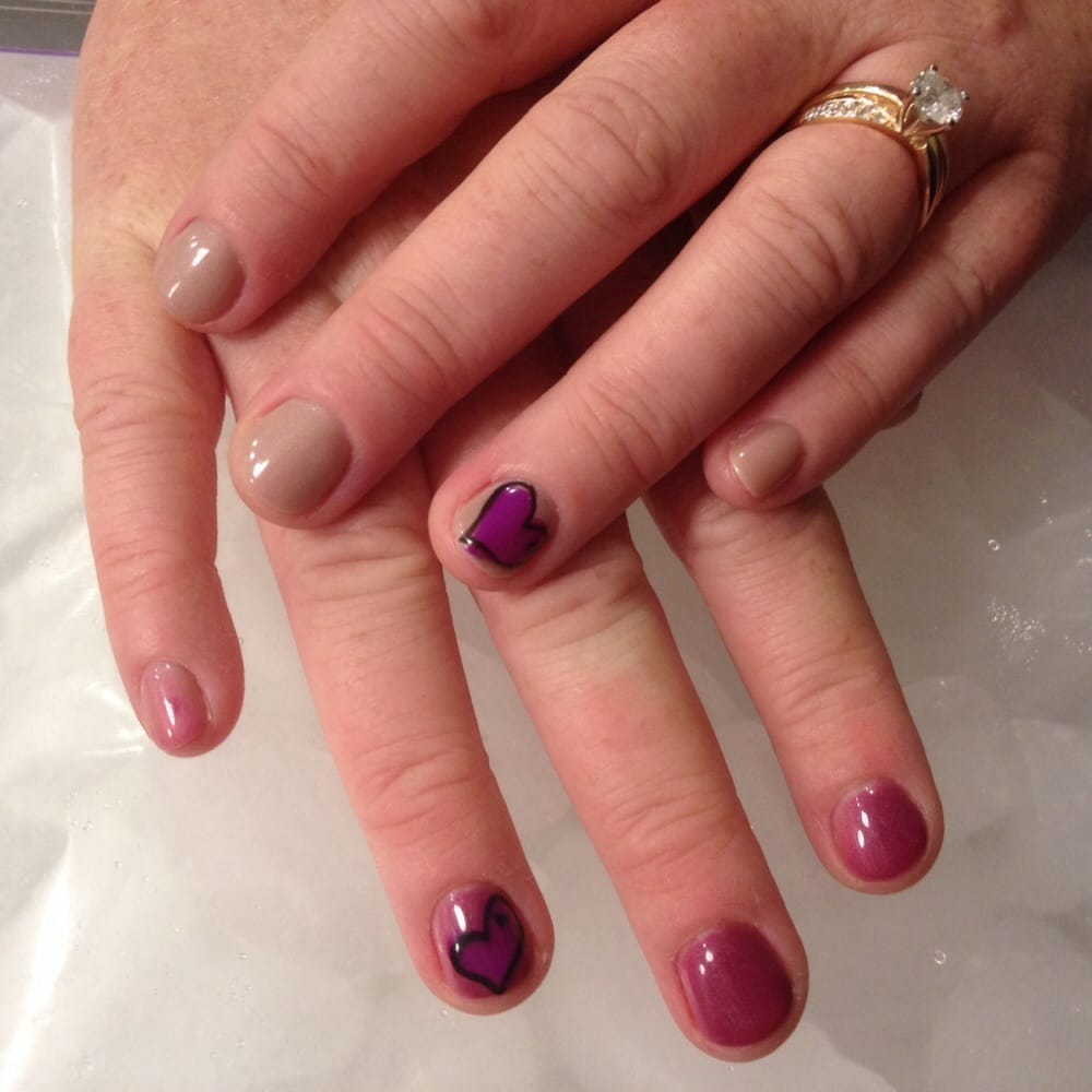 Mood Changing Polish!!! Nude color changes to dark pinkish plum when ...