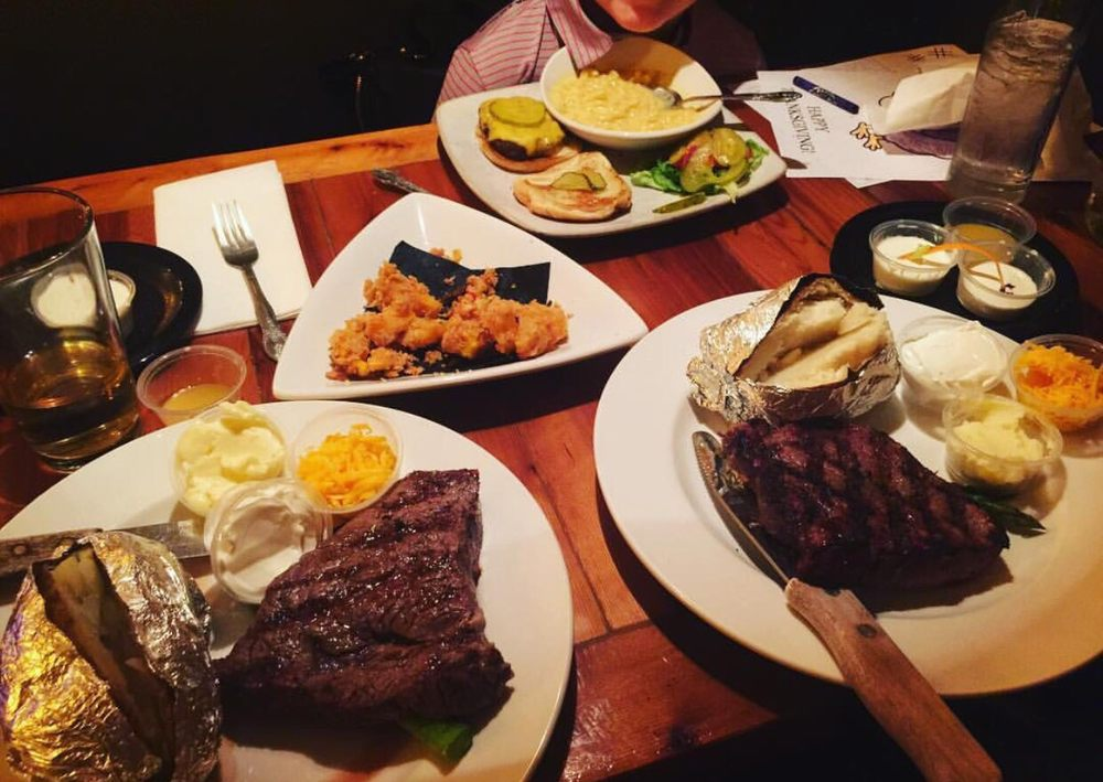 The Butcher's Block Eats and Drinks: 1600 25th St, Snyder, TX