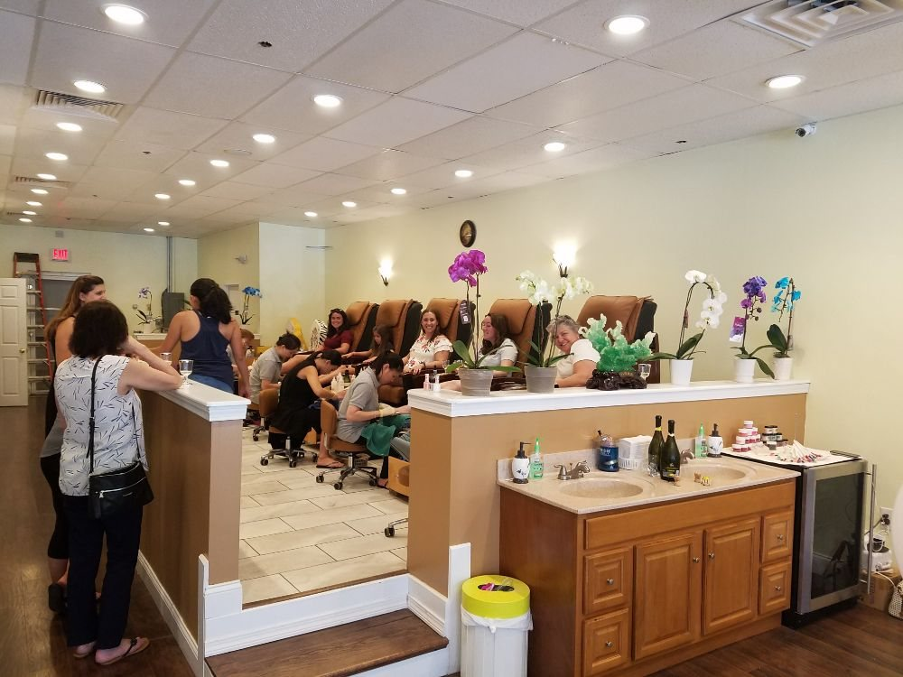 Scituate Nails And Spa: 28 New Drift Way, Scituate, MA