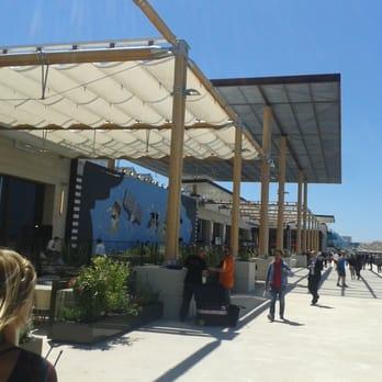 Les terrasses du port 113 photos 32 avis centre - Terrasse du port marseille ouverture ...